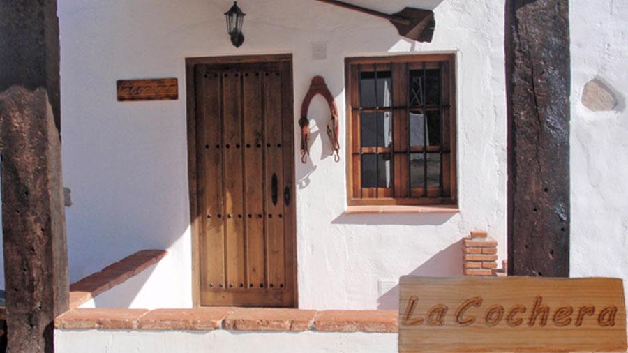 Casas rurales en m laga la huerta turismo rural con for Casas rurales malaga con piscina